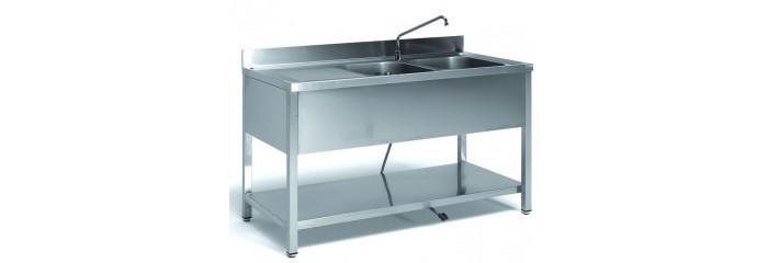 Lavelli in acciaio inox a 1 o 2 vasche con sgocciolatoio a giorno e armadiato.